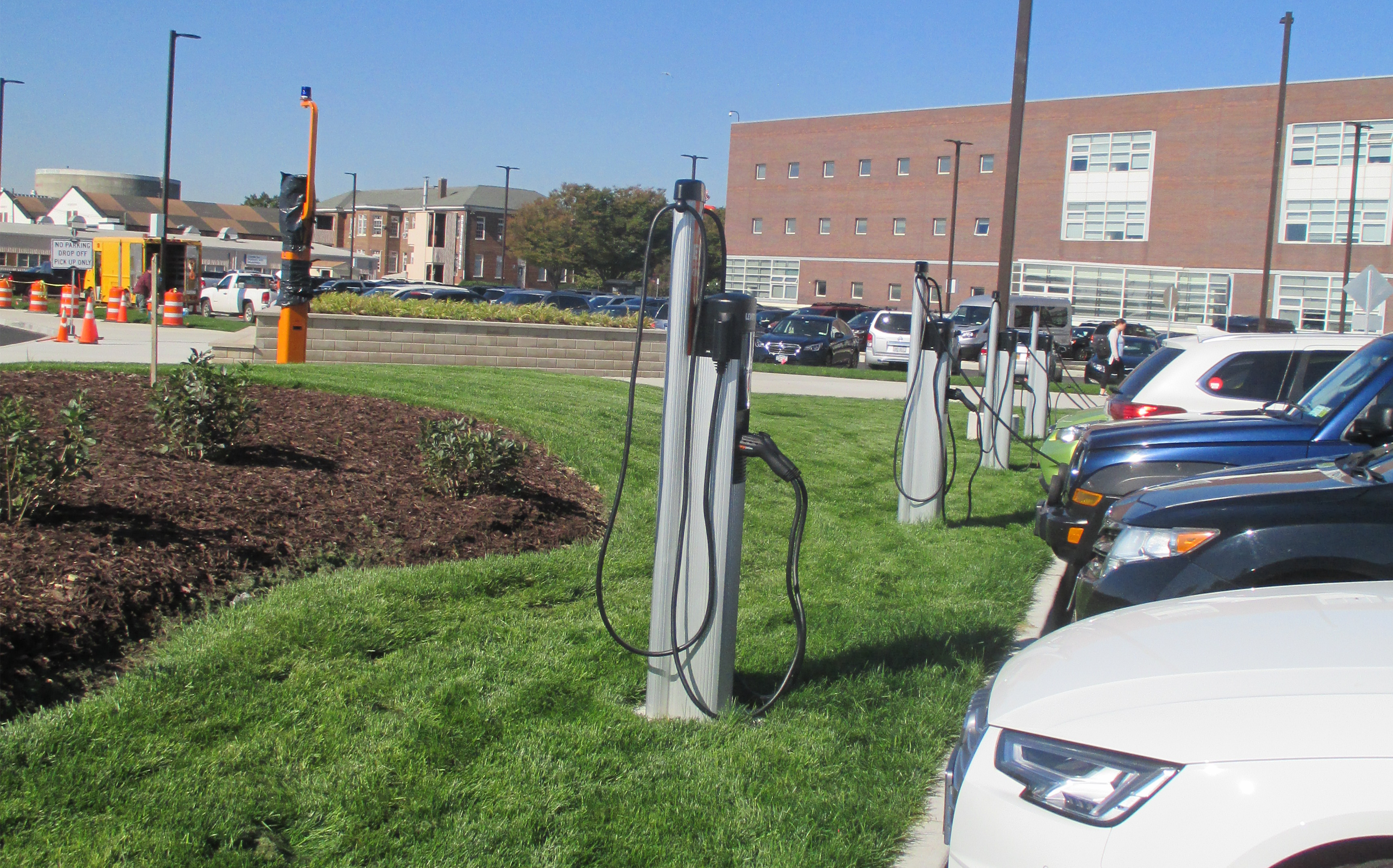 Lane Valente Electric Car Charging Stations